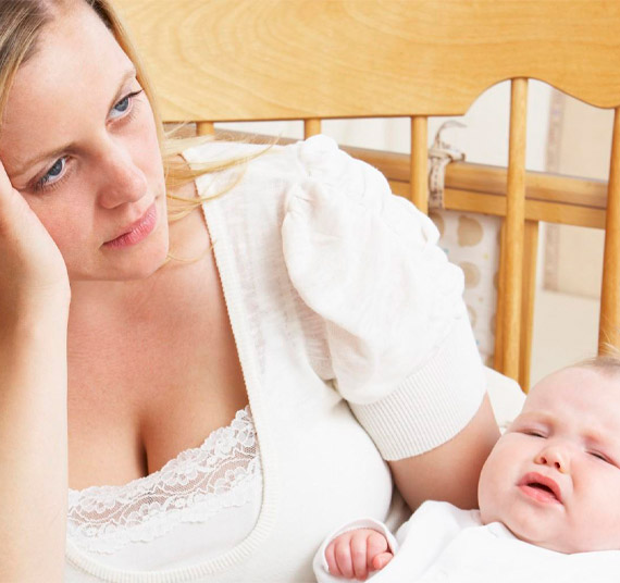 Depressione Post-Partum: punta dell'icerberg delle maternità fragili.